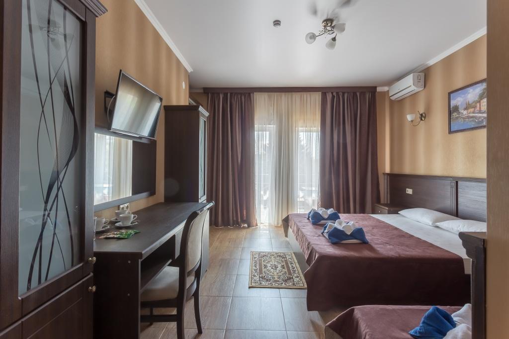отель славянка